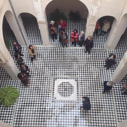 Nota Visitas Palacio Altamira