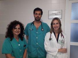El Hospital Juan Ramón Jiménez atiende a 800 pacientes en el primer año de la unidad de insuficiencia cardiaca