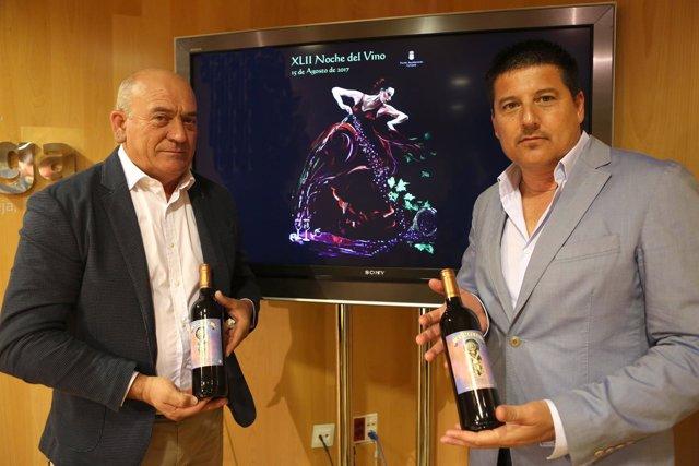 Alcalde de Cómpeta Obdulio y Fran Oblaré noche del vino cómpeta 2017