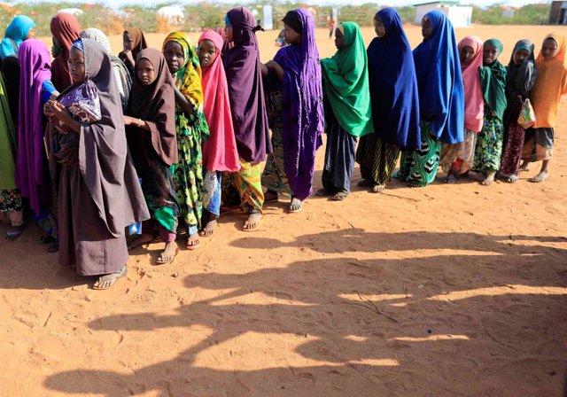 Niñas desplazadas en Somalia