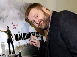 Robert Kirkman, el creador de The Walking Dead, ficha por Amazon