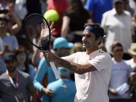 Federer termina con Bautista en Montreal