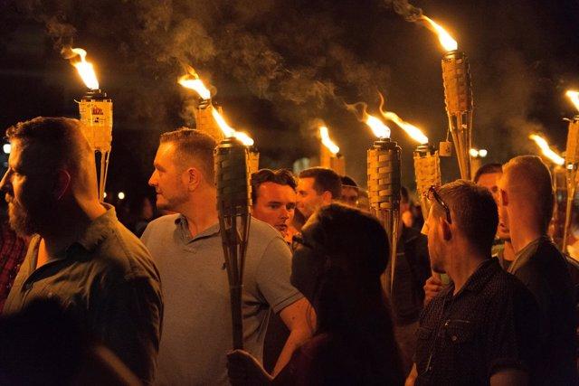 Supremacistas blancos en Charlottesville (Virginia)