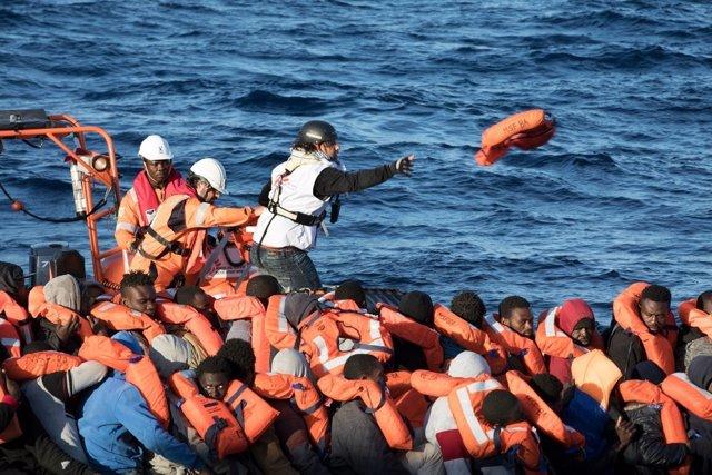Rescate en el Meditarráneo por MSF