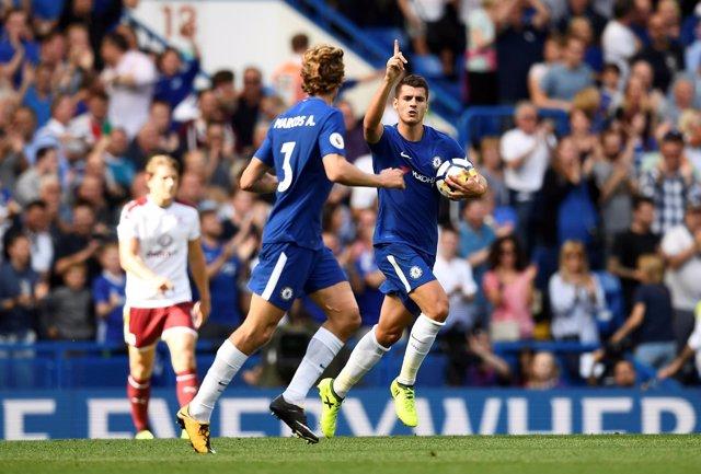 El Chelsea se estrella en el debut frente al Burnley y el City vence al Brighton
