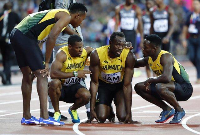 Bolt se lesiona en su última carrera y Gran Bretaña logra el oro en el 4x100
