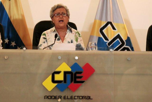 La presidenta del CNE de Venezuela, Tibisay Lucena