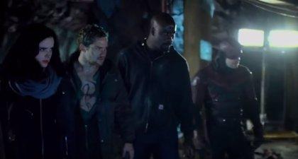 La guerra ya está aquí en el épico trailer final de The Defenders