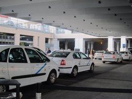 "Taxistas malagueños expresan su ""enérgica repulsa"" a actos vandálicos que puedan producirse"