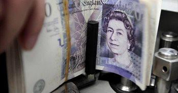 La libra se acerca a la paridad con el euro al perder los 1,10 euros, su mínimo desde octubre