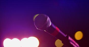 Estas son las mejores 'apps' móviles y programas de ordenador para montarte un karaoke casero