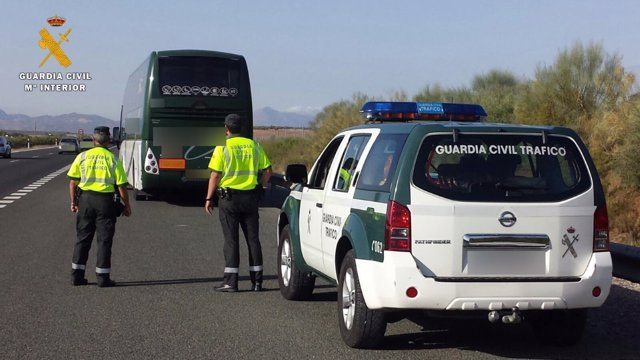 Autobús inmovilizado