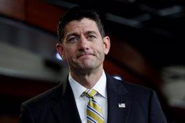 """El líder republicano de la Cámara de Representantes condena sin """"ambigüedad"""" el """"supremacismo blanco"""""""