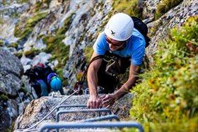 Vía ferrata en Andorra: una aventura en la que no cabe el vértigo