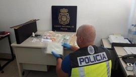 Desarticulado un entramado de venta de droga con tres detenidos y 1,7 kilos de cocaína intervenidos
