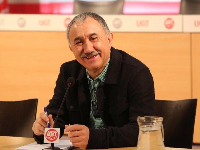 Desayuno informativo del secretario general de UGT, Pepe Álvarez