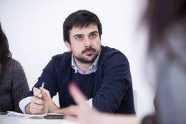 """Espinar critica que la Fundación Franco recibe """"cientos de miles de euros"""" porque """"el PP quiere"""""""