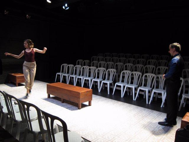 Escena de l'obra 'Claqué o no' en el Teatre Tantarantana