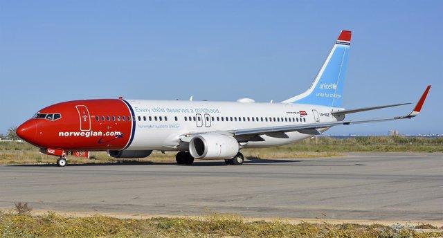 Un avión de Norwegian dedicado a su campaña con Unicef
