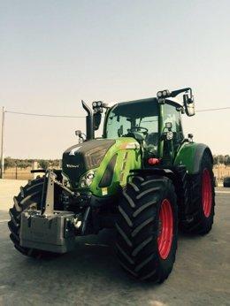 Tractor Fendt 718 incorporado a la Finca La Cocosa