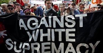 Tim Cook (Apple) expresa su desacuerdo con Trump y condena la violencia en la marcha de Charlottesville