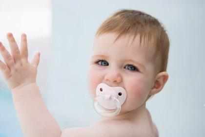 El chupete hasta los tres o cuatro años reduce la probabilidad de muerte súbita infantil