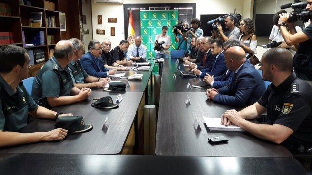 Zoido, en una reunión con Fuerzas de Seguridad del Estado en Algeciras