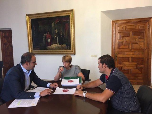 Reunión de la Ruta del Vino de Toro con la Diputación de Valladolid