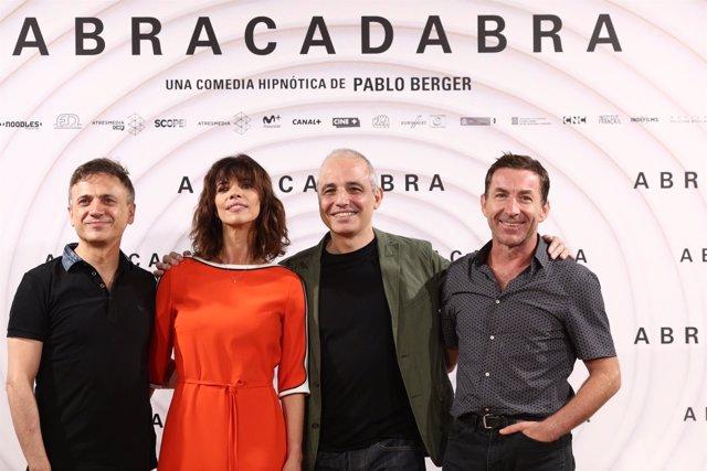 Presentación de la película Abracadabra