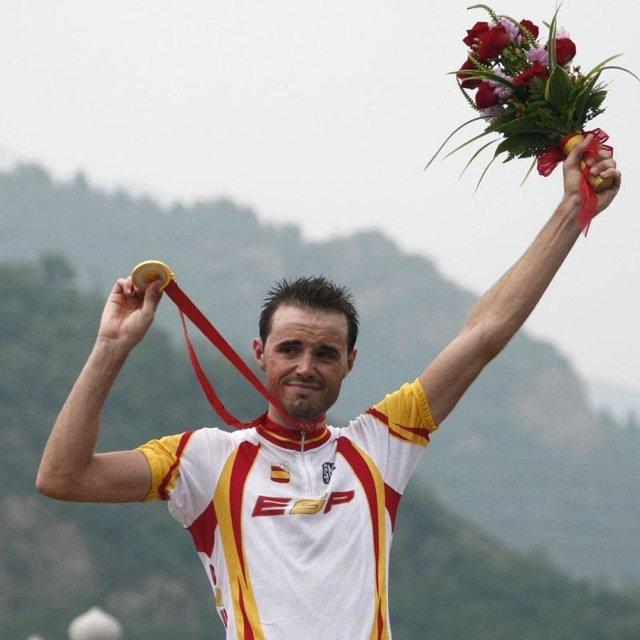 Samuel Sánchez cierra el círculo con el oro olímpico en Pekín