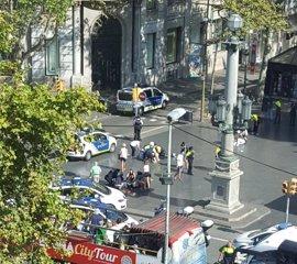 Puigdemont dice que hay 12 muertos y 80 ingresados, 15 en estado grave