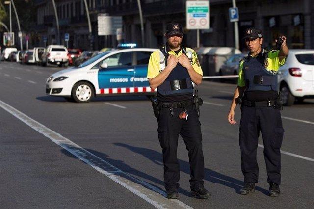 Mossos en el atentado de Barcelona