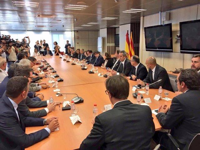 Reunión del comité de crisis con Rajoy y Puigdemont en Barcelona