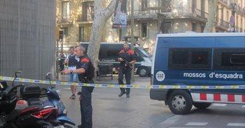 La Festa de Gràcia (Barcelona) anula grandes actos pero mantiene los diurnos y familiares