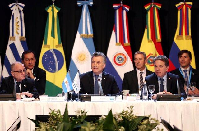 El presidente de Argentina, Mauricio Macri, durnate una cumbre del Mercosur.