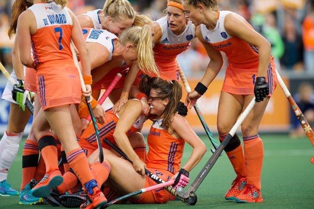 España cae ante Holanda en el estreno del Campeonato de Europa de Hockey hierba