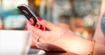Evita caer en la trampa del 'phishing' en tu móvil durante las vacaciones con estos consejos