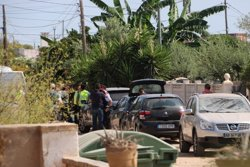 Els Mossos continuen fent detonacions controlades a la finca d'Alcanar Platja (ACN)