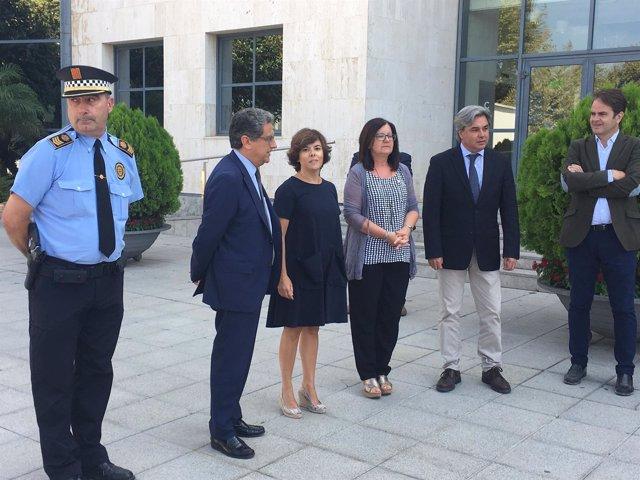 Saénz de Santamaría se reúne con la alcaldesa de Cambrils