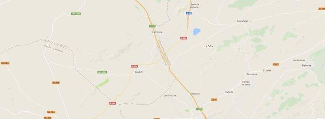 Tramo de la carretera entre Villena y la Font de la Figuera