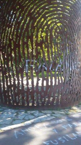 Monumento de La Huella en Artxanda