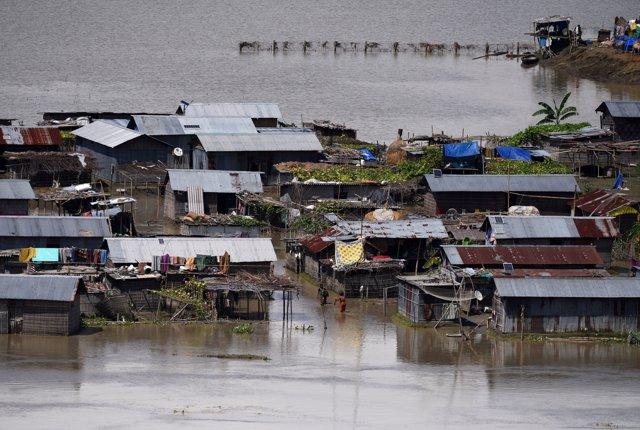 Inundaciones en el distrito indio de Morigaon