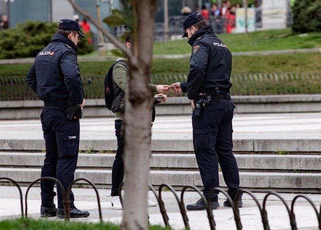 Recursos de Policía Nacional, agente, agentes, policía, policías