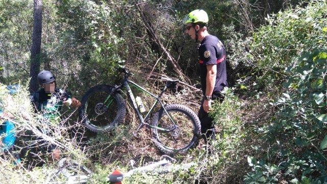 Rescat de dos ciclistes a Énguera