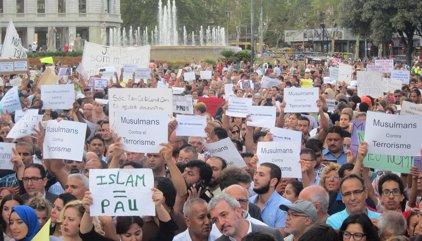 La comunidad musulmana catalana clama contra el terrorismo en Barcelona