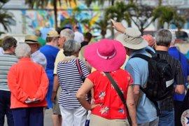 Las dos provincias extremeñas permanecen este martes en riesgo por el calor