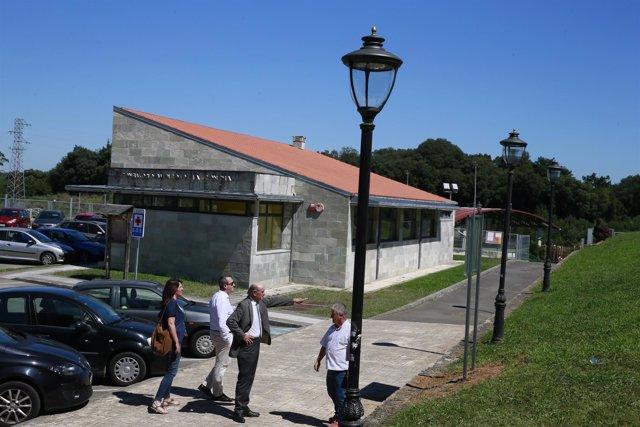 13:00.- Ayuntamiento De Villaescusa. El Consejero De Obras Públicas Y Vivienda,