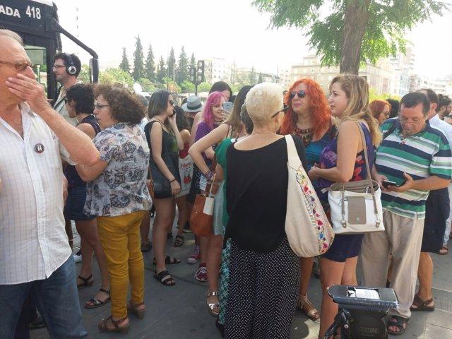 Concentración en apoyo de Juana Rivas en los juzgados de Granada