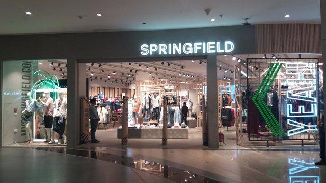 Springfield (Cortefiel) en Eslovenia