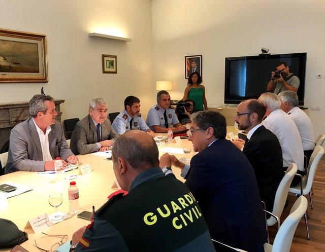 Reunión entre Millo, Forn y mandos policiales por el atentado